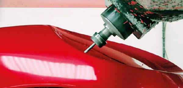 Pour la fabrication sur-mesure de pièces plastiques, Plastrance dispose d'un équipement de pointe en thermoformage et usinage plastique.