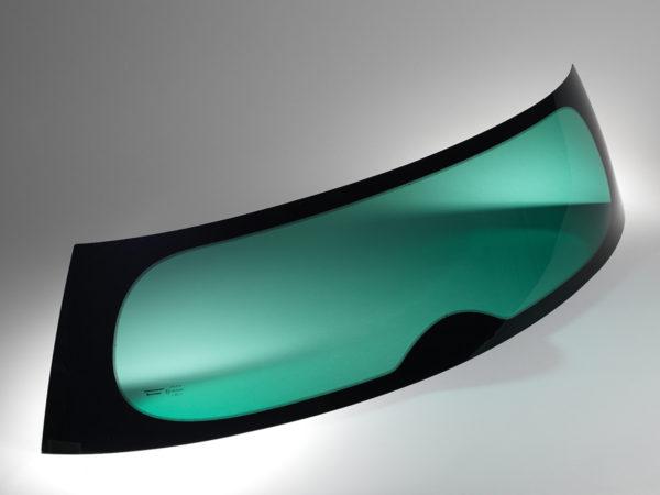 Les vitrages en polycarbonate Cleargard pour automobile offrent une qualité optique optimale.
